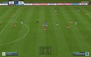 De gameplay is in de Legacy Edition van FIFA 20 identiek gebleven aan de voorgaande versie.