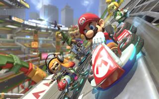 <a href = https://www.mariowii-u.nl/Wii-U-spel-info.php?t=Mario_Kart_8 target = _blank>Mario Kart 8</a> bracht in 2014 de Mario Kart-reeks naar nieuwe hoogtes dankzij anti-zwaartekracht. Dat is nu niet anders!